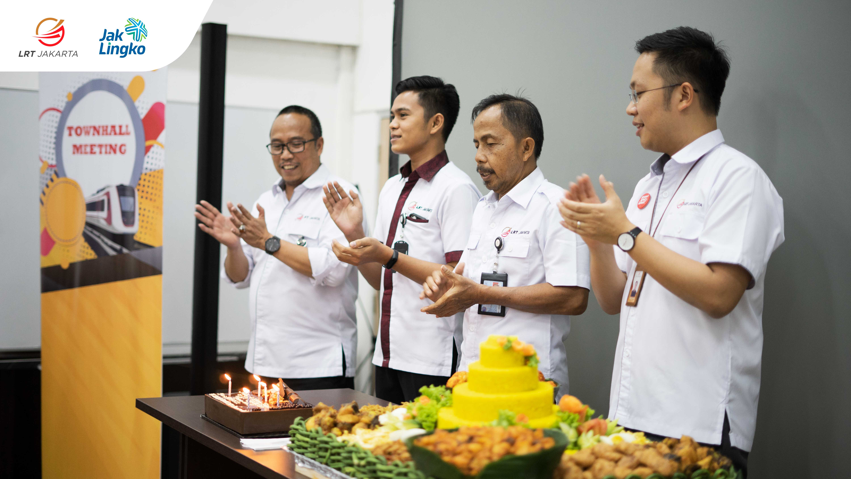 Townhall Meeting dan Peringatan hari jadi PT LRT Jakarta